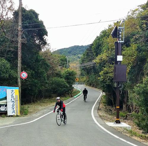立川水仙郷への道